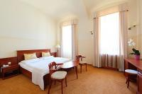Anna Grand Hotel akciós szobája félpanzióval Balatonfüreden