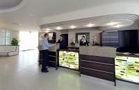 Recepció az Apolló szállodában Hajdúszoboszlón - termál hotel az Aquapark közelében