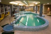 Élménymedence a hajdúszoboszlói Apolló szálloda wellness részlegében