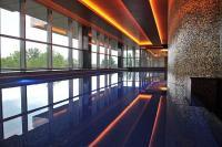 Sheraton Hotel Kecskemét**** úszómedencéje luxus környezetben