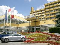Szállás Hévíz - Hotel Helios, háromcsillagos, felújított szálloda Hévízen Hunguest Hotel Helios*** Héviz - akciós wellness és gyógyszálloda Hévízen - Hévíz