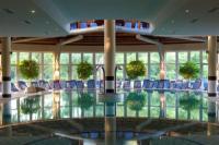 Spa termál szálloda Hévízen - fedett termál medence a Lotus Therme Hotel-ben