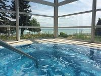 Wellness hotel Balatonkenesén 4* Hotel Marina-Port jacuzzija
