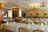 Hotel Marina-Port 4* kiváló étterme Balatonkenesén