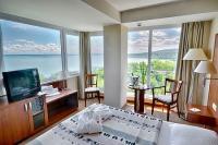 4* Hotel Bál Resort akciós szabad szobája panorámával a Balatonra