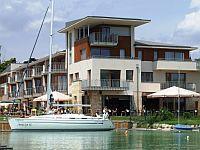 Silverine Wellness Hotel**** Balatonfüreden panorámával a Balatonra