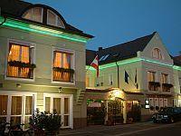 Hotel Villa Classica Papa, elegáns és romantikus szálloda Pápán