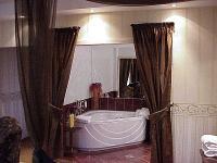 Duna Relax Felnőtt Wellness Hotel lakosztálya elegáns és romantikus környezetben akciós áron