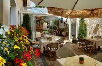 Romantikus hétvége Miskolctapolcán a Kikelet Club Hotelben, a Barlangfürdő közelében