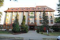 Park Hotel Gyula felújított  3-csillagos szálloda Gyula centrumában akciós áron Hotel Park*** Gyula - akciós hotel félpanzióval Gyulán a Várfürdőnél - Gyula