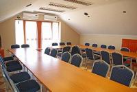 Konferenciaterem tárgyalóterem Cserkeszőlőn