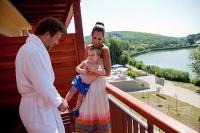 Hotel Tó Bánk 3* erkélyes szobái panorámával a Bánki tóra
