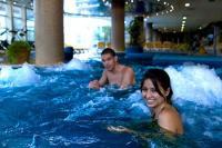 4* Thermal Hotel Visegrád pezsgőfürdője wellnesst kedvelőknek
